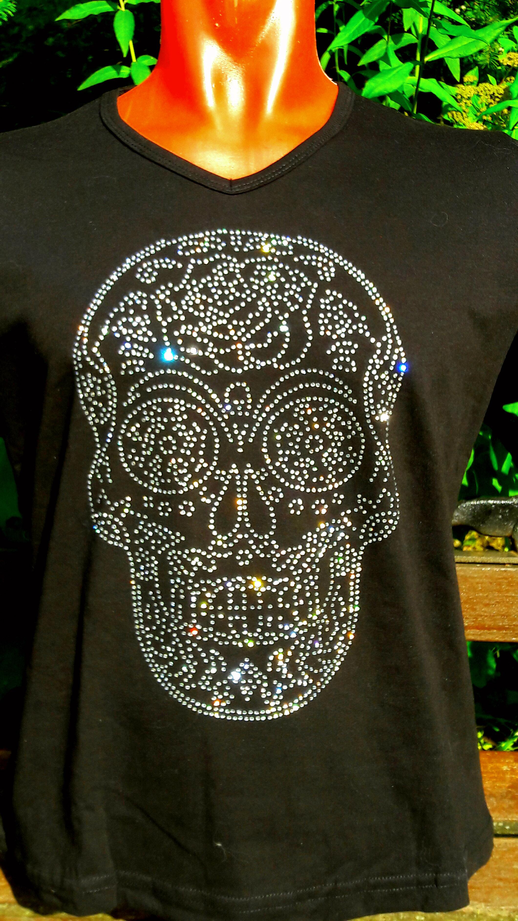 Куплю футболку со стразами