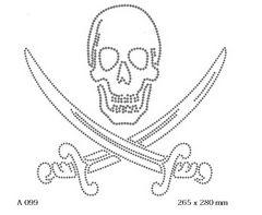 футболка с изображением Пиратский символ — череп с саблями