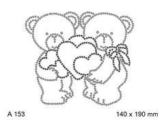 футболка с изображением Мишки с сердечками