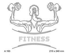 футболка с изображением Fitness и мускулистая фигура